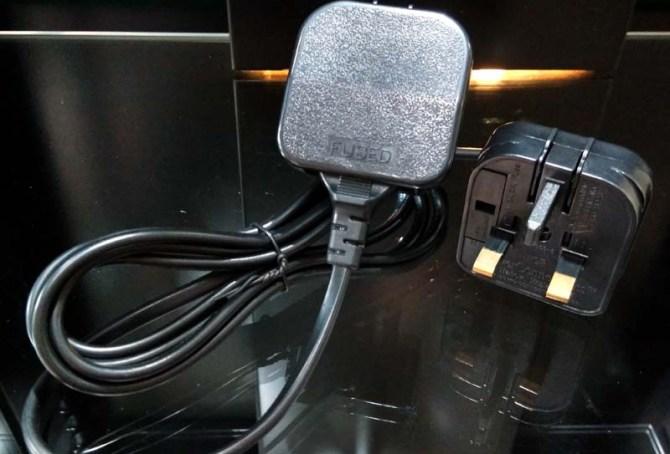 2pin-adapter-1