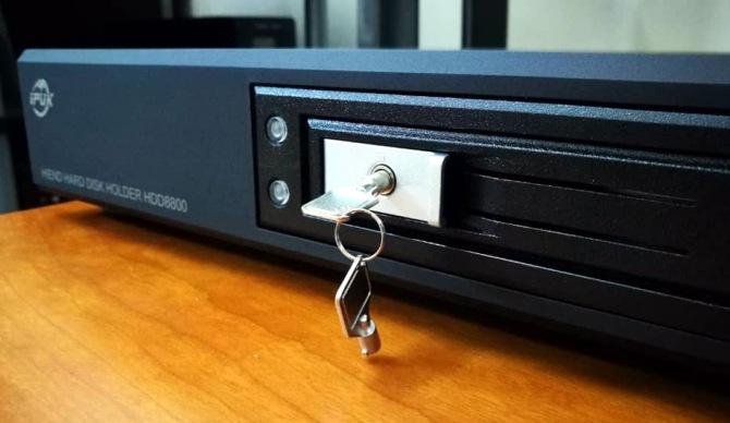 IPUK HDD8580 USB3.0 Audiophile Videophile Linear Power SATA Harddisk Enclosure  8580g