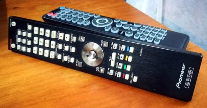 IPUK UHD8582 4K UltraHD 3D Bluray Universal + Harddisk Media Player Pioneer-remote