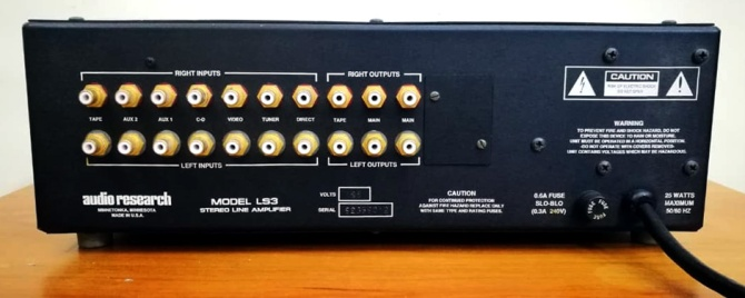 Audio Research LS3 Line Stage Pre-Amplifier, USA Audio-research-ls3c
